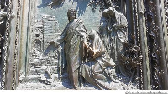 Milan Duomo détails Christ