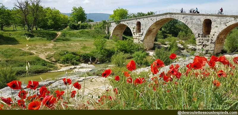 veloroute calavon pont romain