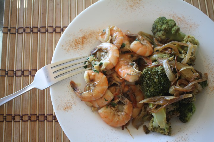 Easy Garlic & Parsley Shrimps / Crevettes à l'ail