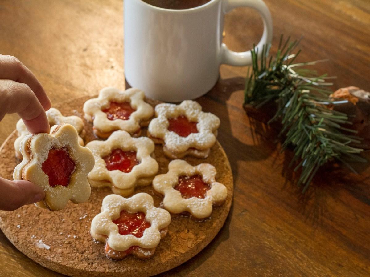 cookie, pastry, shortbread, patisserie, sablés, fraise, strawberry, jam, sweet