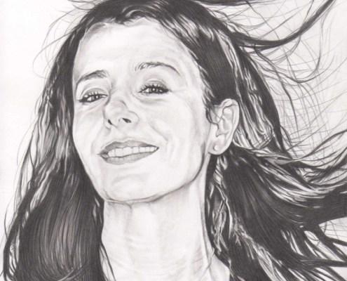Portrait dessin d'après photo d'une femme brune en noir et blanc