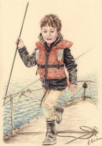 Portrait dessiné au crayon de couleur d'un petit garçon sur un bateau