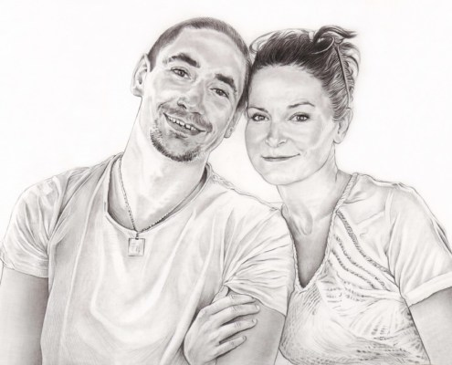 Portrait dessin d'après photo d'un couple de trentenaires en noir et blanc