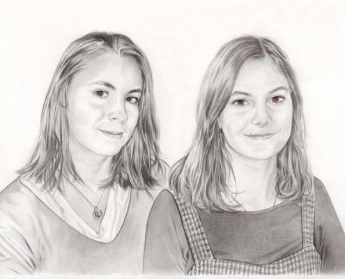 Portrait dessin d'après photo de deux sœurs adolescentes