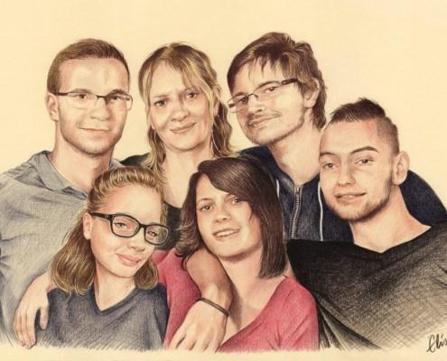 Portrait dessin d'après photo d'une mère avec ses grands enfants
