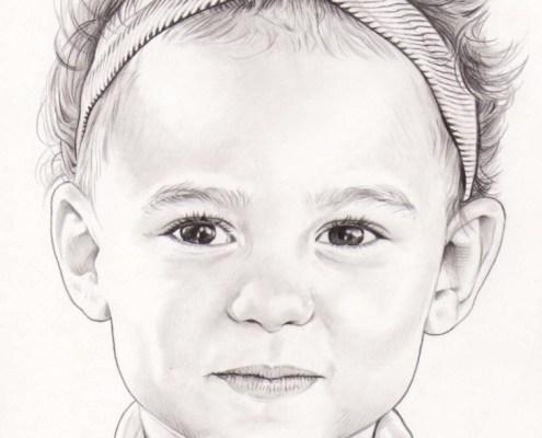 Portrait dessin d'après photo d'une petite fille aux cheveux courts en noir et blanc