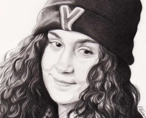 Portrait dessin d'une jeune fille avec un bonnet