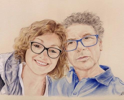 Portrait dessin d'un couple à lunettes en couleur
