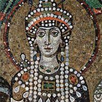 Mujeres para la historia, Teodora, de puta a ser la puta ama.
