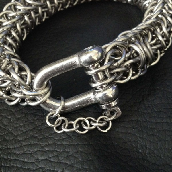 Persian Dragonscale Chainmaille Bracelet by Destai