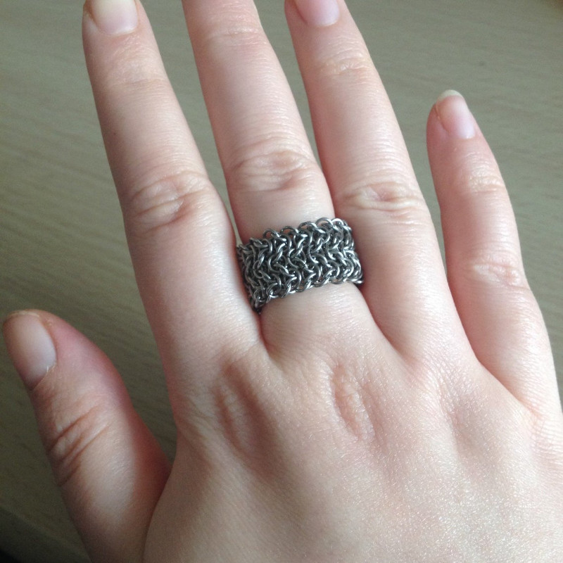Chainmaille Finger Ring by Destai