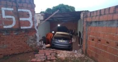 Livramento: Mulher que orava em seu quarto sobrevive ao ser atingida por veículo desgovernado.