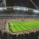 Cristiani, abbandonate la passione mondana del calcio. Lasciatela agli increduli e ai pagani