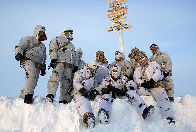 De strijd om de Noordpool is begonnen, een conflict dat snel kan escaleren.