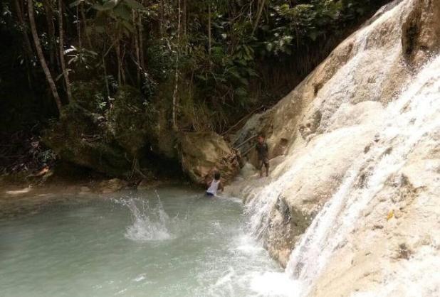 Wisata Air terjun di Kalimantan Tengah - Air Terjun Batu Puti