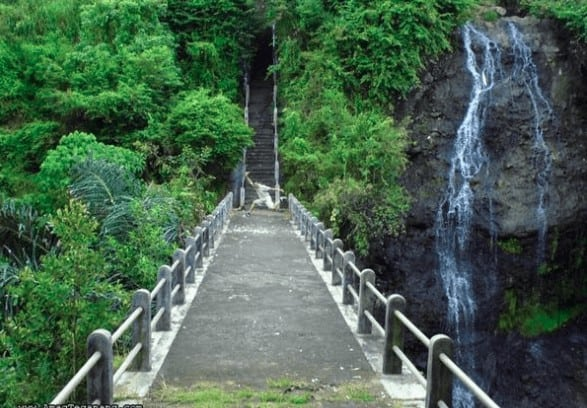 Wisata Air terjun di Kalimantan Tengah - Air Terjun Bunut