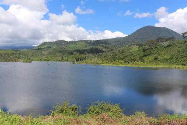 Destinasi Wisata Muara Enim : Danau Deduhuk