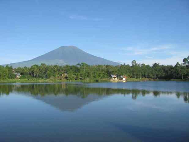 Objek Wisata Pagaralam Danau Tebat Gheban