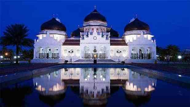 Wisata Religi ACEH : Masjid Raya Baiturrahman