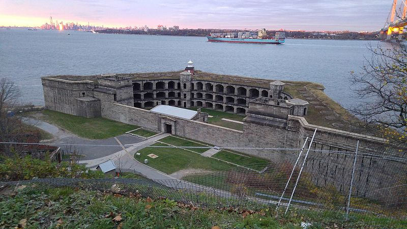 Fort_Wadsworth_Light