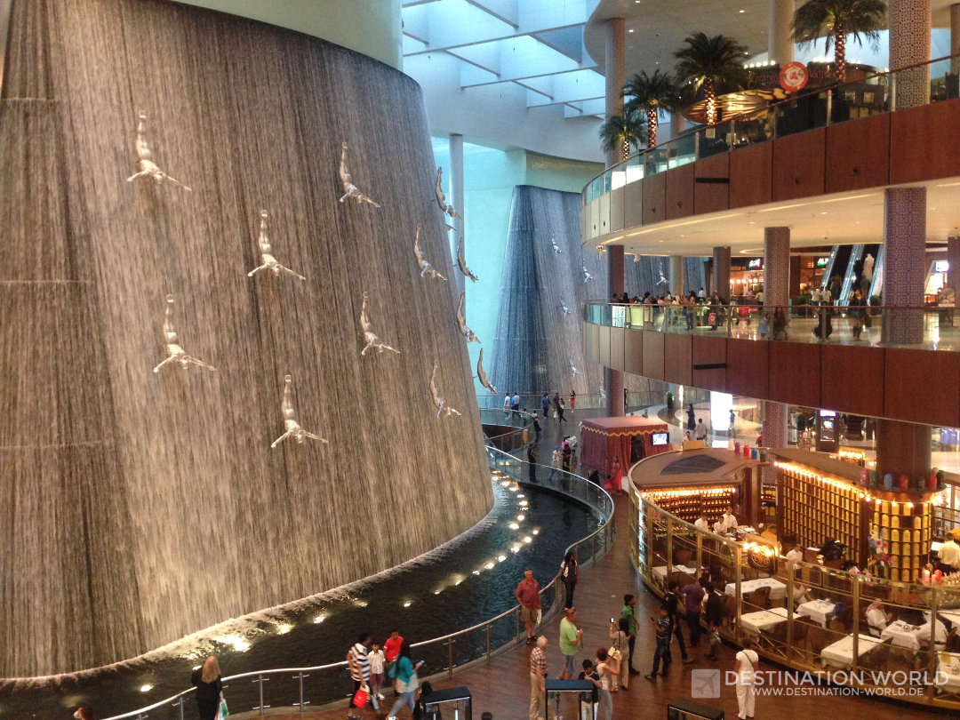dubai-mall-waterfall