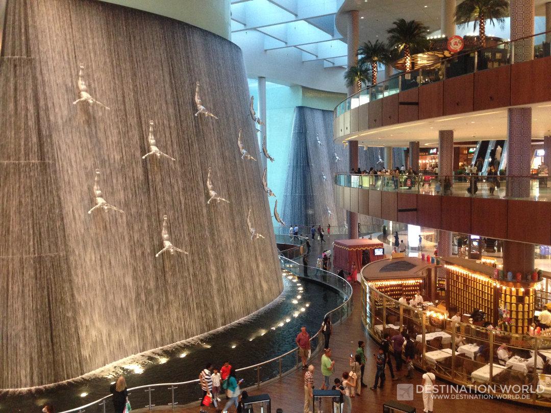dubai-mall-waterfall