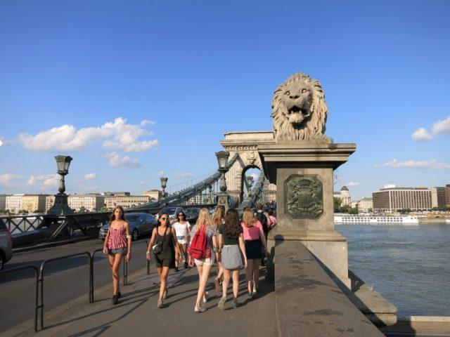 Udsigt Budapest Kædebroen