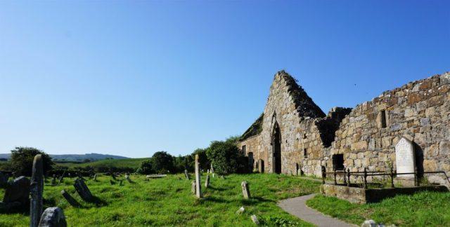 klosterruiner rundrejse Nordirland