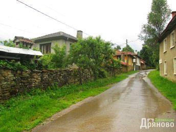 Село Искра 3