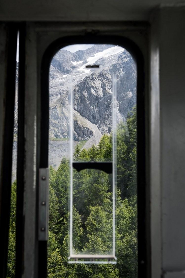 Vue des cabines du téléphérique