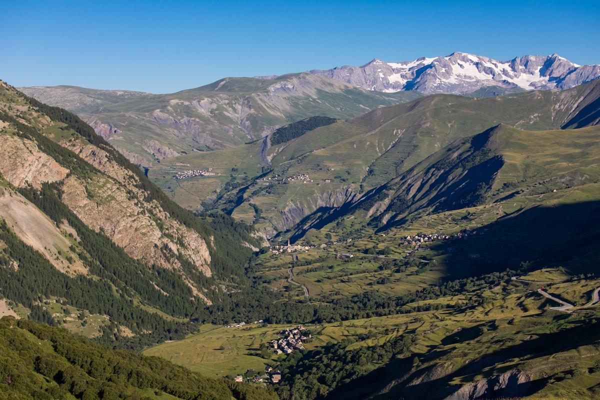 Vue sur la vallée de la Haute Romanche