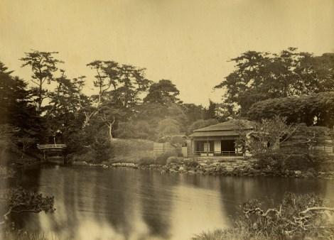 Hama-rikyū in 1863, Photo by Felice Beato, Public Domain, source : Wiki Commons