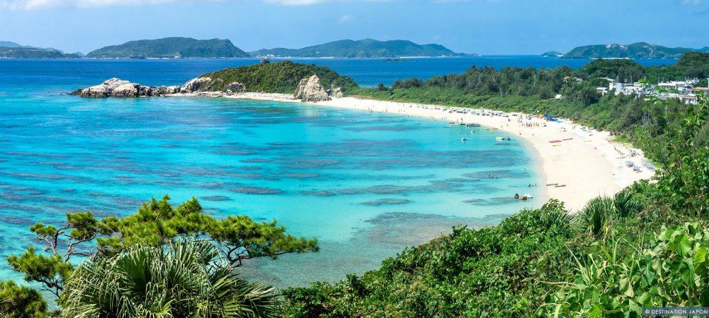 Plage à Tokashiki sur l'archipel Okinawa