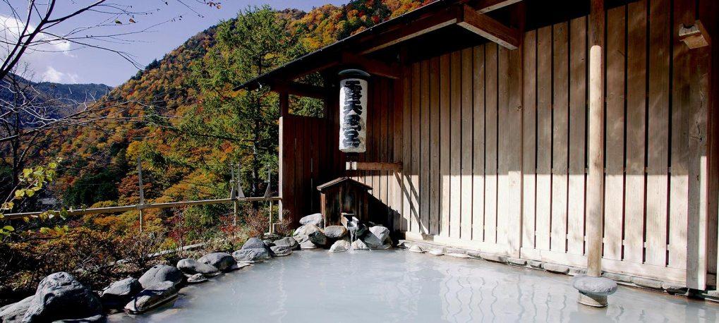 Nagano Shirahone onsen bains