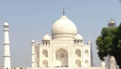 Kolkata to Agra to see the Taj Mahal