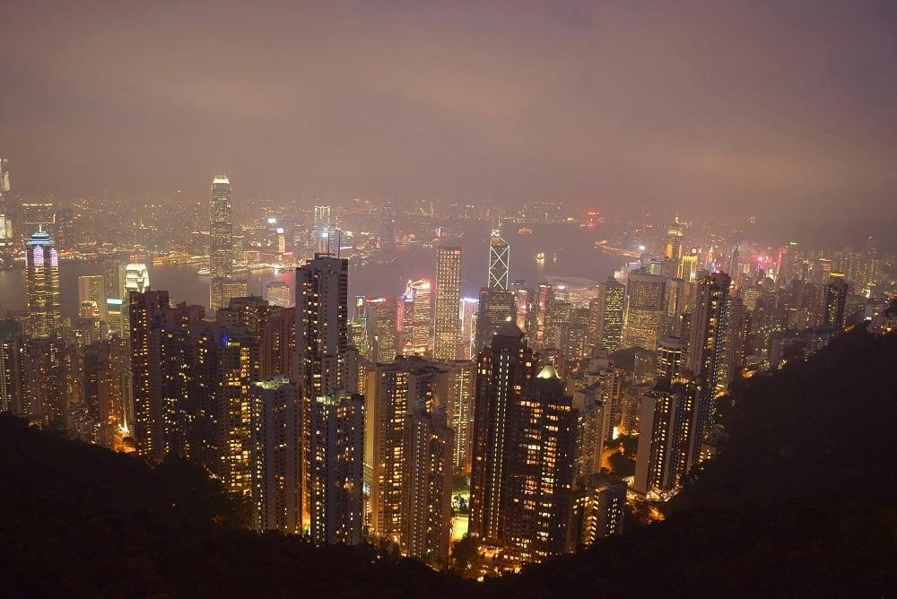 victoria peak at night view