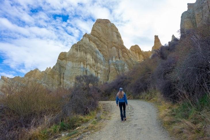 exploring the omarama clay cliffs