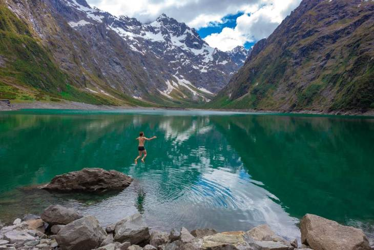 lake marian is part of an ideal milford sound itinerary