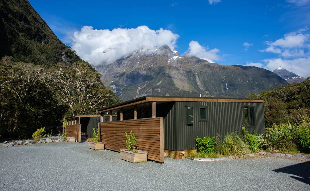 milford sound lodge review