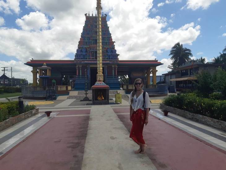 the temple in nadi is one of the best things to do in fiji