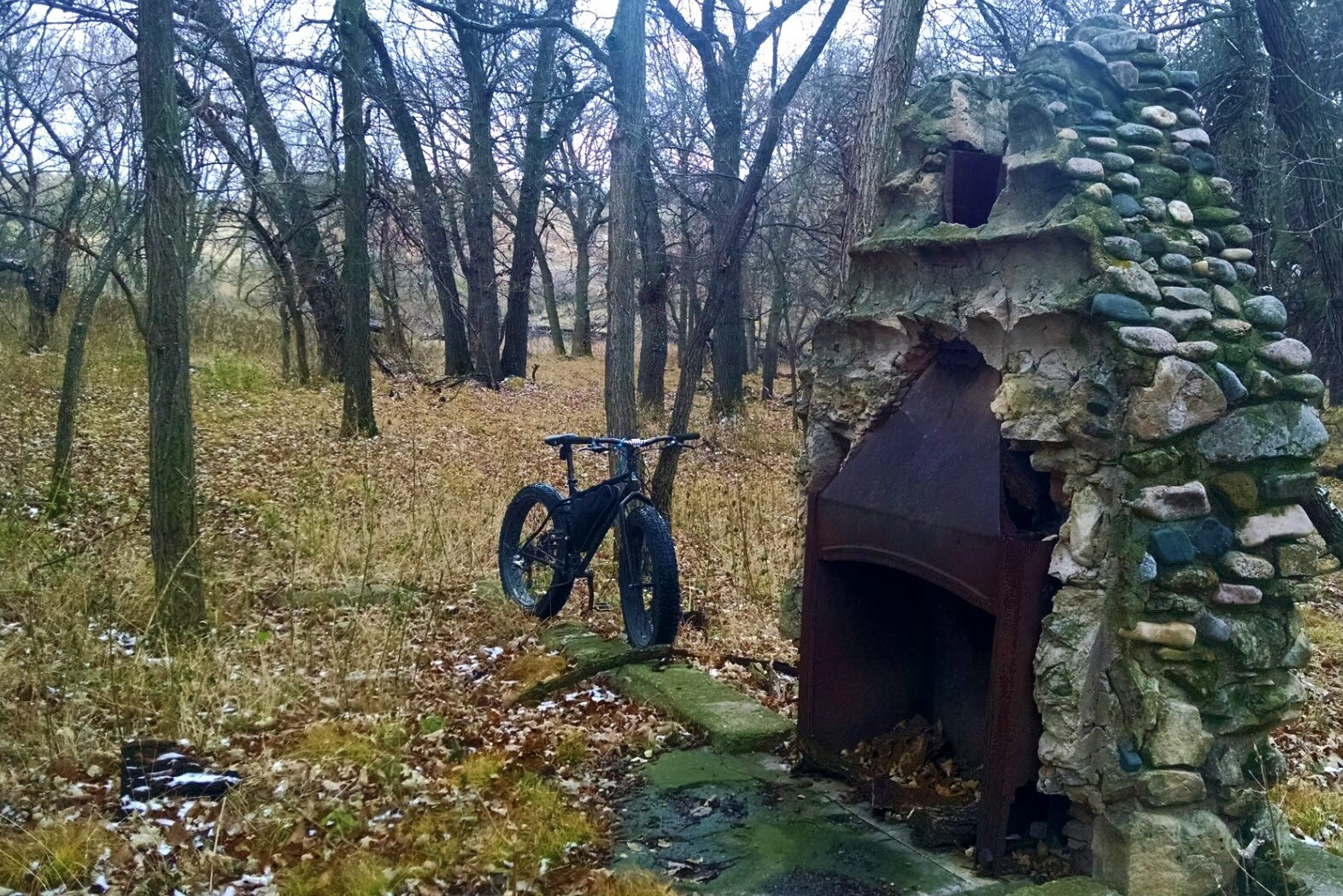 5 - day 2 - bike at ruins