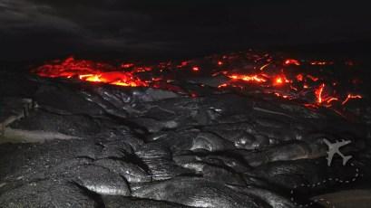 Kīlauea lava at night