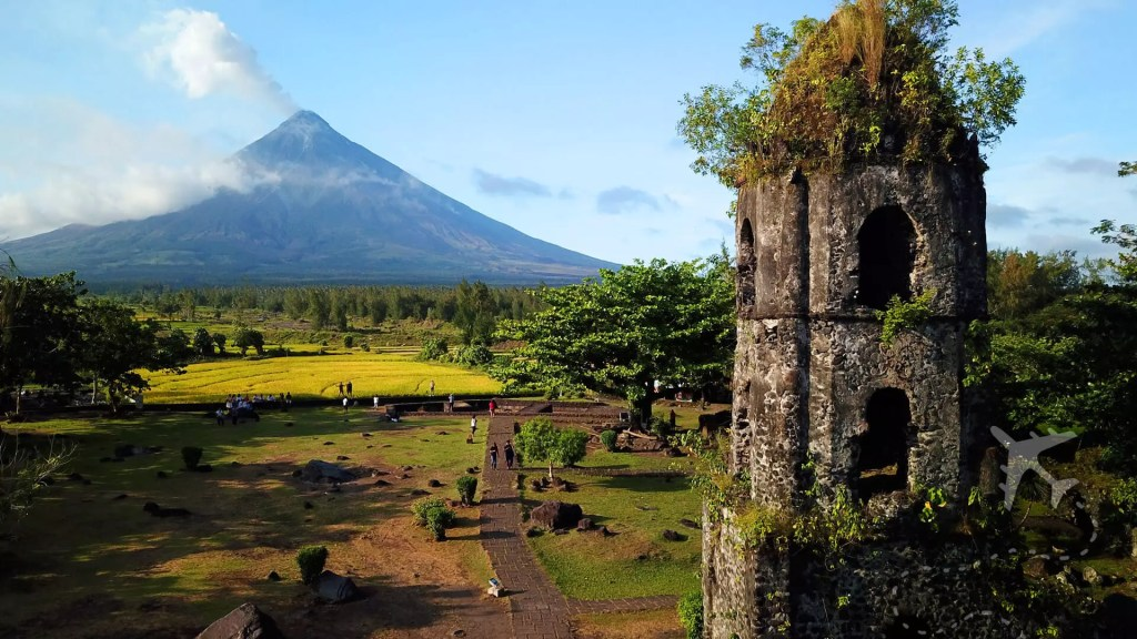 Cagsawa Ruins in Legazpi, Philippines