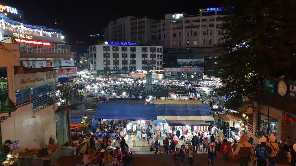 Night market Dalat