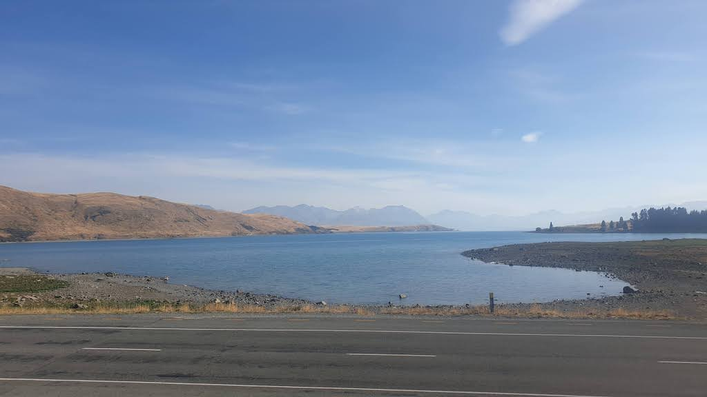 Scenic lookout Tekapo lake