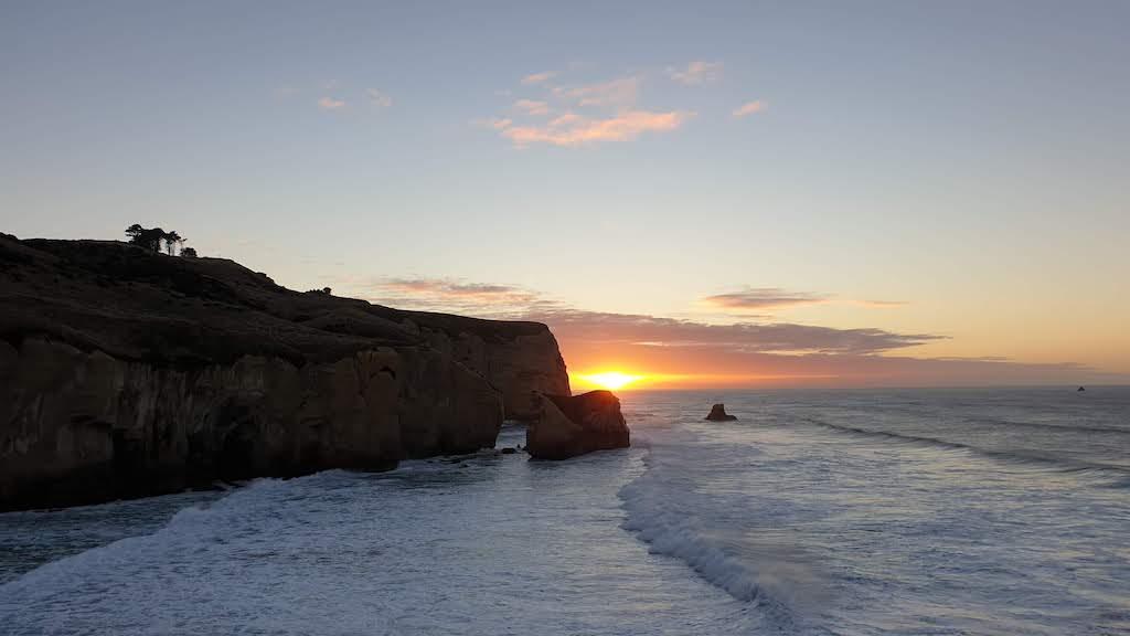 lever du soleil à Tunnel Beach