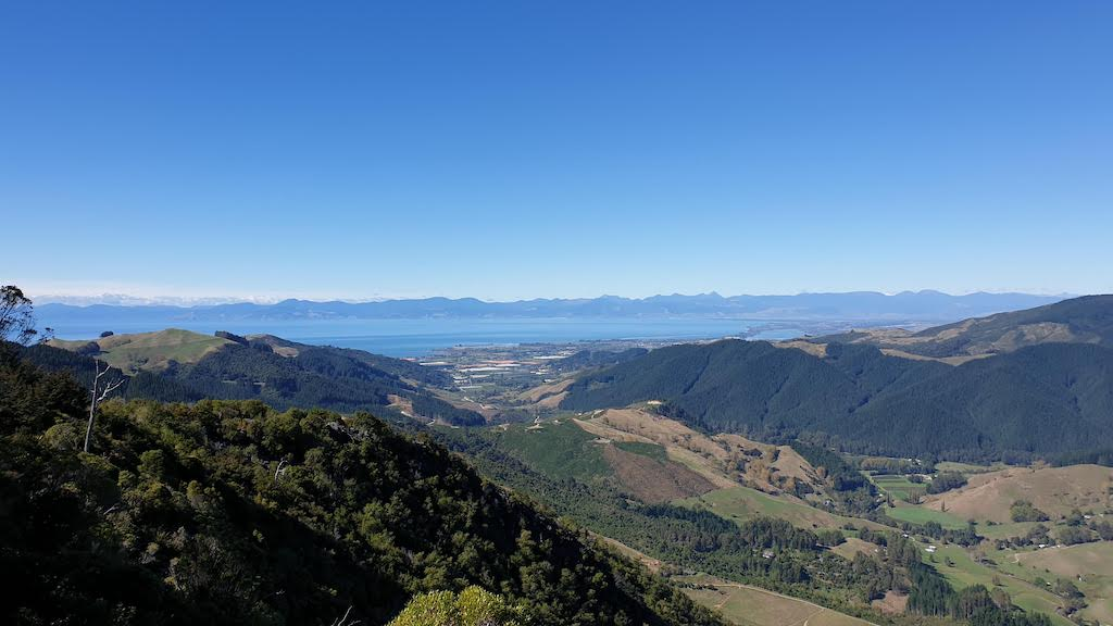 Hawkes lookout Golden Bay