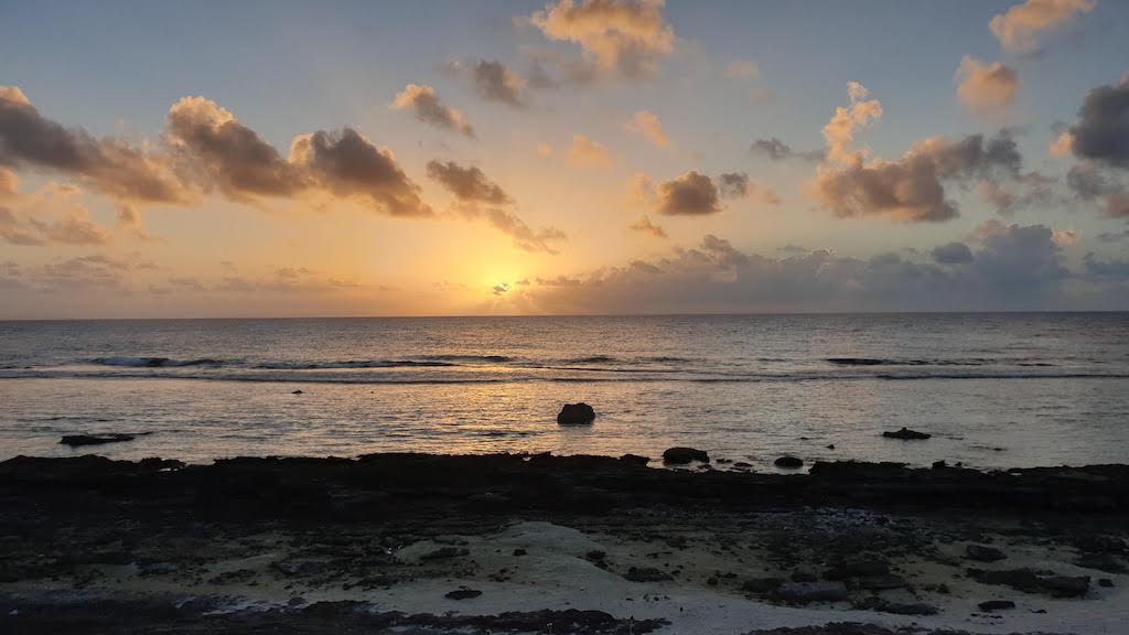 coucher de soleil Huahine
