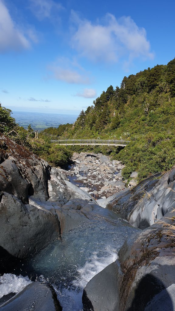 Wilkies pools loop track Taranaki