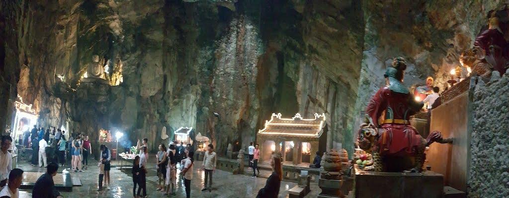 marble moutains Grotte de Huyen Khong